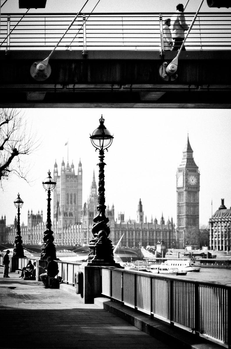 distant view to houses of parliament and big ben black and white