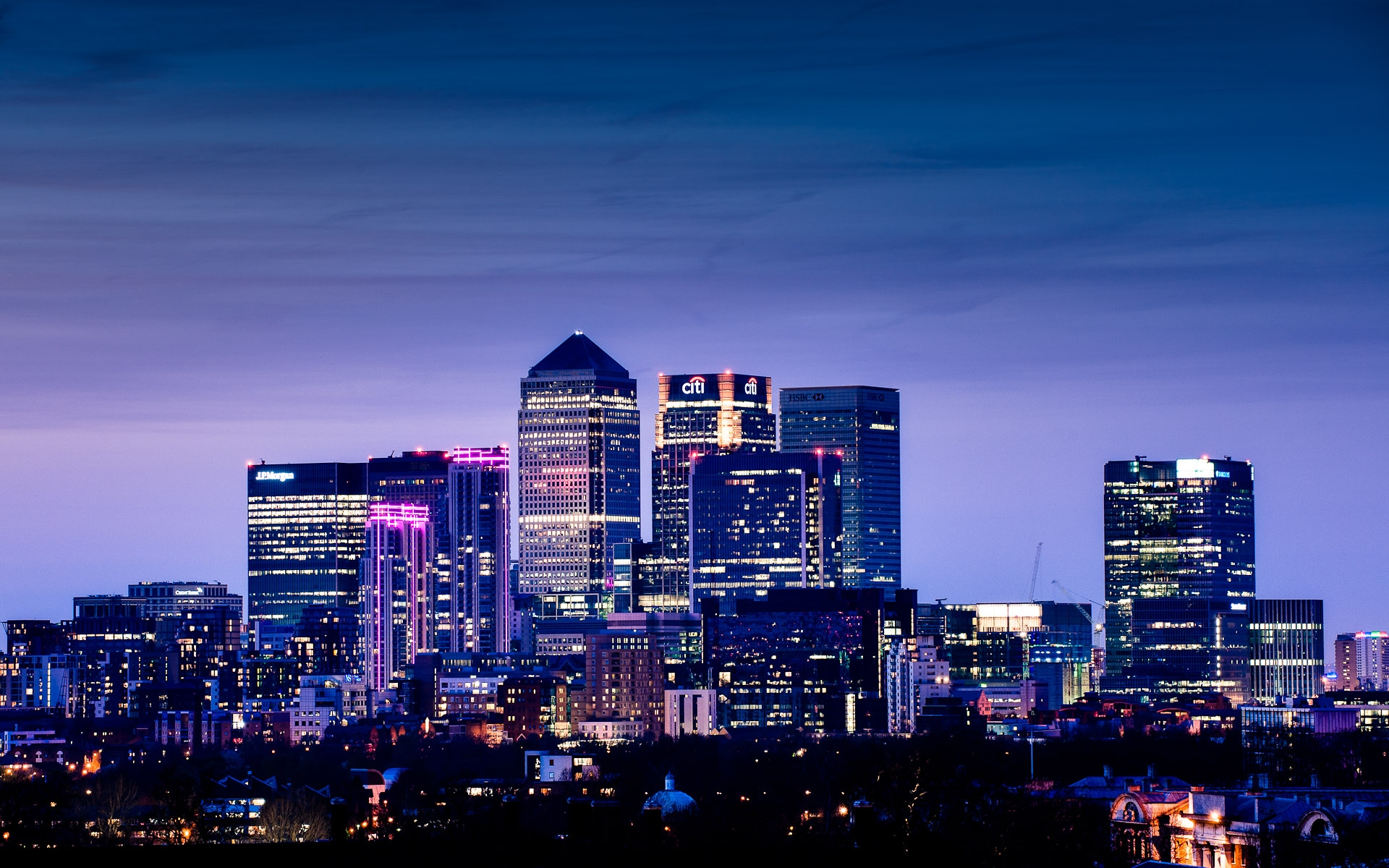 london city skyline night shot of Canary Wharf