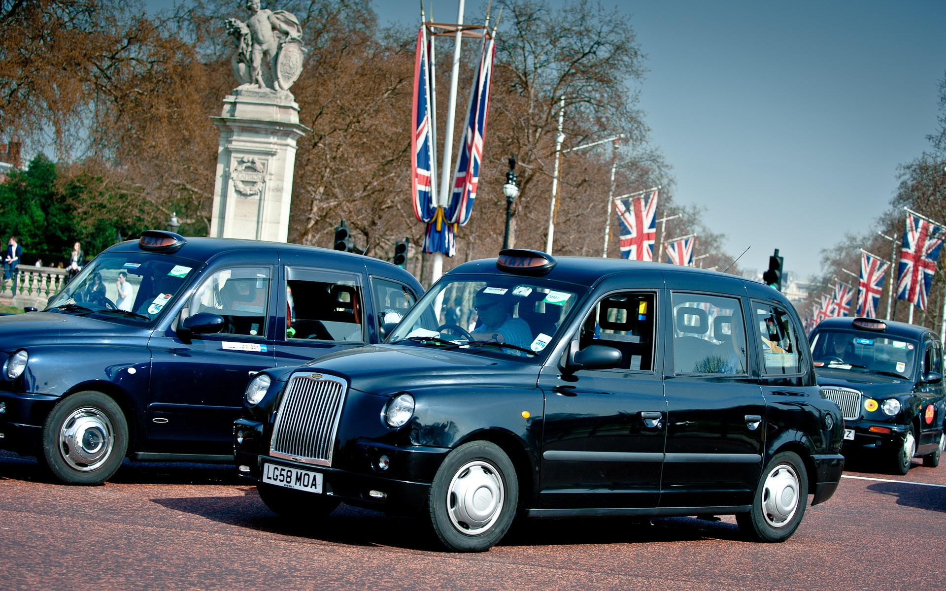 london mall 2012 black taxi cbas union jack flags